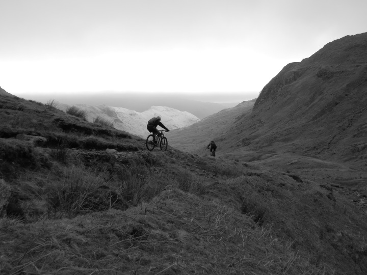Descending to Far Easedale