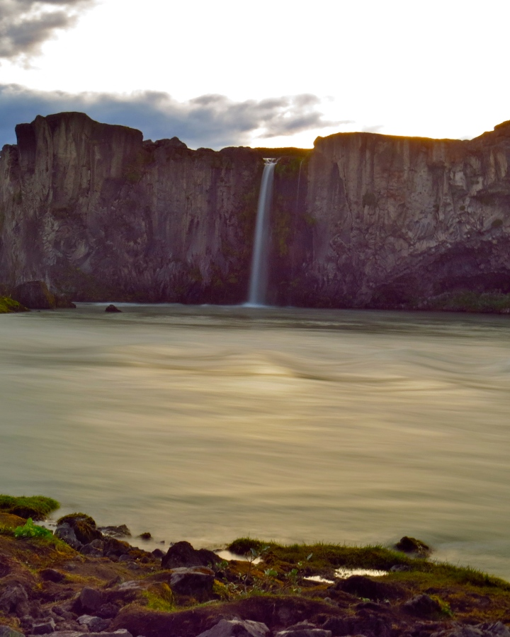 A smaller waterfall next to Godafoss, finally getting some camera attention